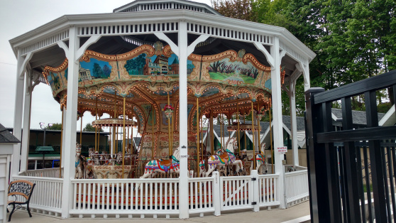 carousel-lake-george